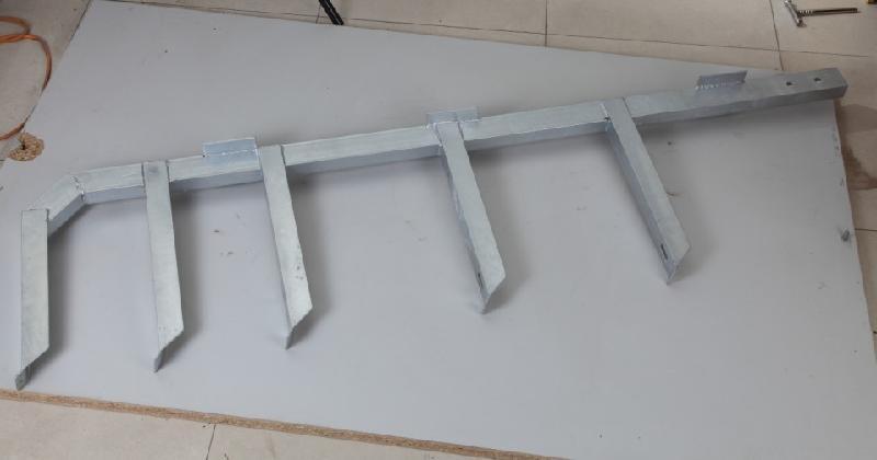 这些由钢结构或钢筋混凝土结构